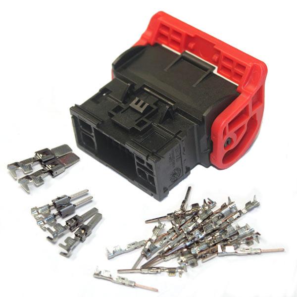 Il kit contiene:connettore-terminale-eventuale gommino ed accessori Nø Vie: 32 Scatola Pz.: 1