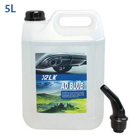 AdBlue è il marchio registrato per la soluzione AUS 32 (Aqueous Urea Solution 32.5%) che viene utilizzata nei sistemi SCR (Selective Catalytic Reduction) per abbattere le emissioni di ossidi di azoto nei gas di scarico, ridurre i consumi e migliorare il rendimento dei veicoli con motore diesel (la tecnologia SCR trasforma gli ossidi di azoto Nox in azoto e acqua). AdBlue è una soluzione al 32,5% di urea di elevata purezza in acqua demineralizzata, ed è quindi un prodotto limpido, non tossico e sicuro da manipolare.I sistemi SCR sono sensibili alle impurità potenzialmente presenti nell´urea. Piccolissime quantit… di impurità possono danneggiare in modo irreversibile i sistemi SCR. Anche l´acqua utilizzata nella produzione deve essere purissima. L´uso di acqua non pura è fonte di rischio per il vostro catalizzatore. La gran parte dei costruttori sospende la garanzia nel caso di uso di prodotto di scarsa qualità. Quindi è estremamente importante mantenere gli alti standard qualitativi e la conformità alla norma ISO 22241 per prodotti di qualità come Air1. L´uso di prodotti di qualità come lAdBlue di Sintesi di Air1 previene gli elevati costi di sostituzione dei catalizzatori. Confezione: Tanica Gr./ml: 5000 ml